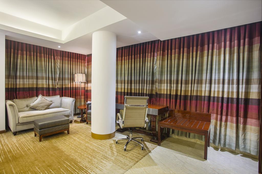Grand Oriental Hotel,…
